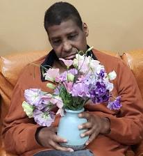 meghan-markle-flowers-to-unique-people-services_4