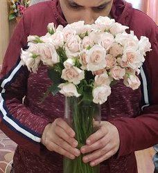 meghan-markle-flowers-to-unique-people-services_6